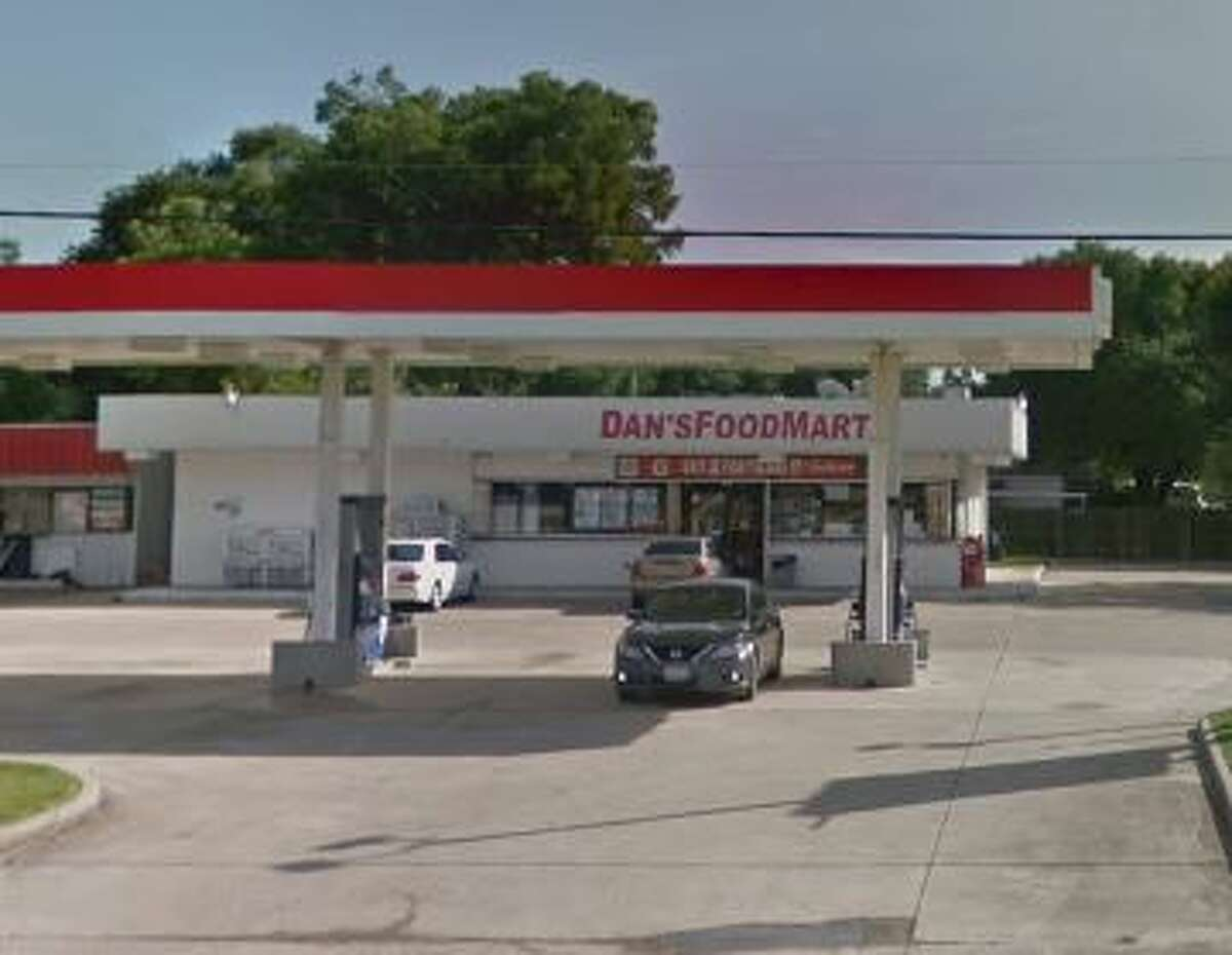 Dan's Food Mart 3819 North Twin City Highway Score: 89 Violations: Dirty surfaces and dirty floors, incorrect testing strips, food improperly stored.