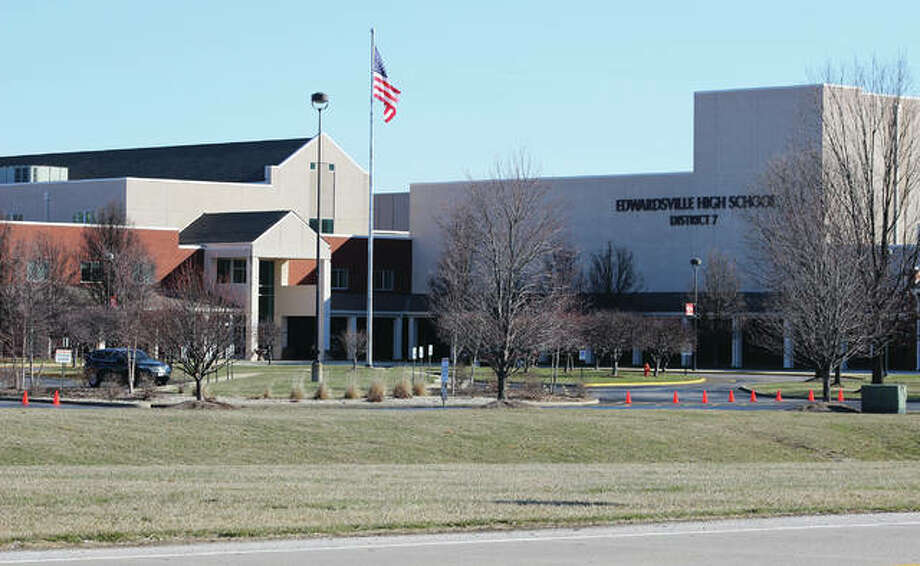 Edwardsville High School announces first quarter honor roll - The