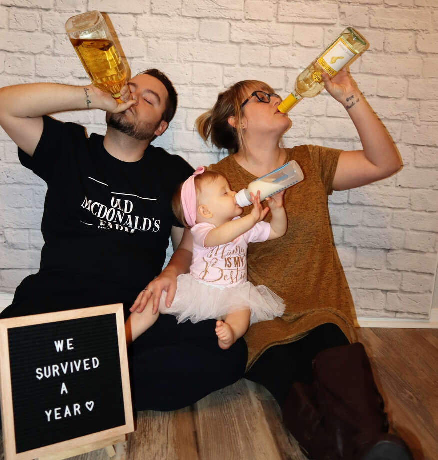 Cheers to baby's first birthday photo shoot is too cute ...
