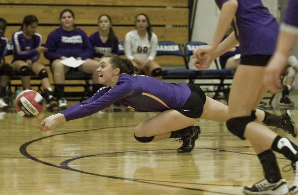 Westhill's Betsy Sachs tries to dig out the ball in a 3-0 sweep of Darien Monday in Darien.