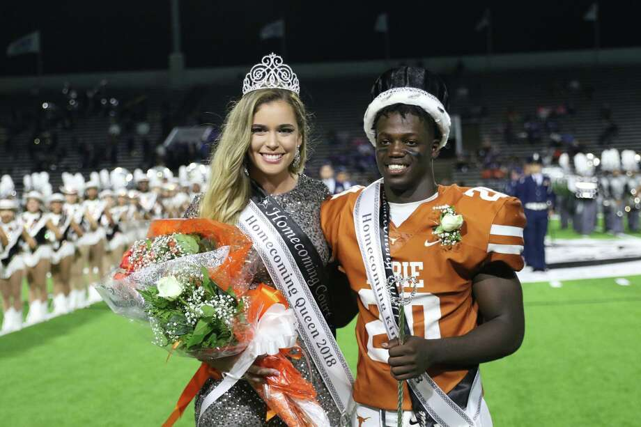Dobie High's Kris Morris and Taylor Pleasants.