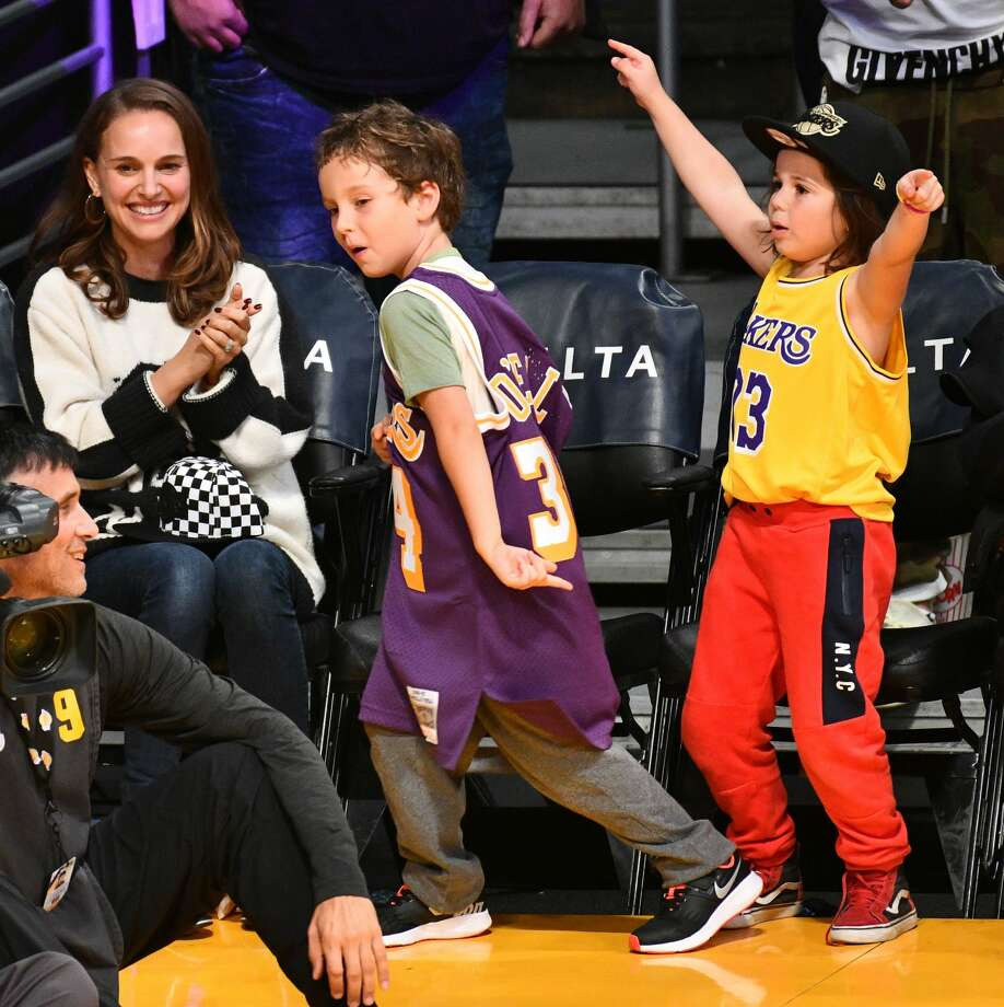 LOS ANGELES, CA - OCTOBER 22:  Natalie Portman, her son Aleph Portman-Millepied and a friend attend a basketball game between the Los Angeles Lakers and the San Antonio Spurs at Staples Center on October 22, 2018 in Los Angeles, California.  (Photo by Allen Berezovsky/Getty Images) Photo: Allen Berezovsky/Getty Images