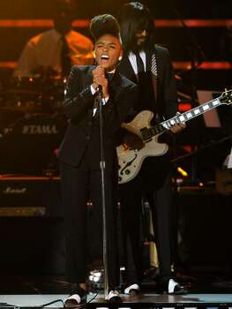 Janelle Monae performs at the ESPY Awards on Wednesday, July 14, 2010 in Los Angeles. (AP Photos/Chris Pizzello) Photo: Chris Pizzello
