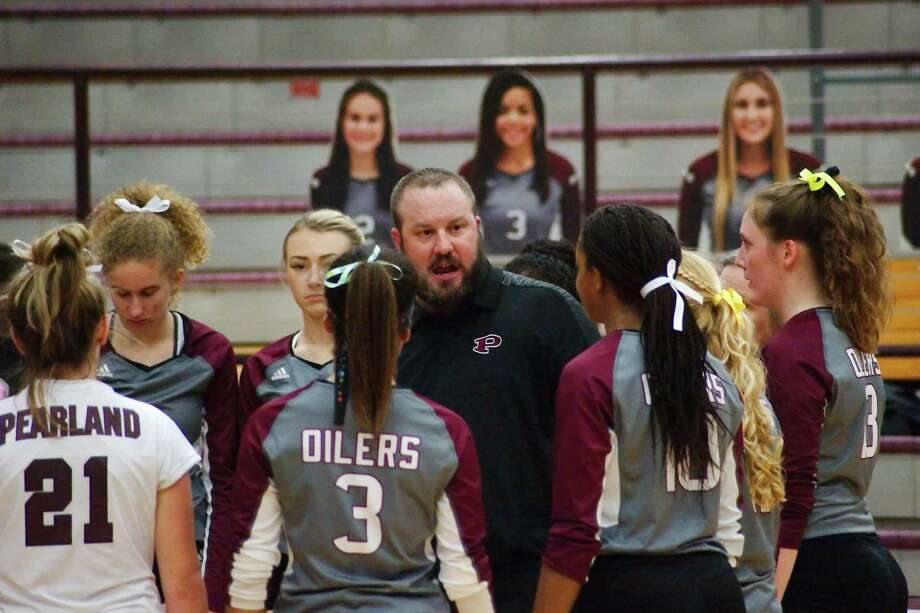 Pearland volleyball coach Christian Dunn has to prepare his team for its season opener next Tuesday at Kingwood Park before the Lady Oilers help host the 2019 Adidas John Turner Classic Aug. 8-10. Photo: Kirk Sides / Houston Chronicle / © 2018 Kirk Sides / Houston Chronicle