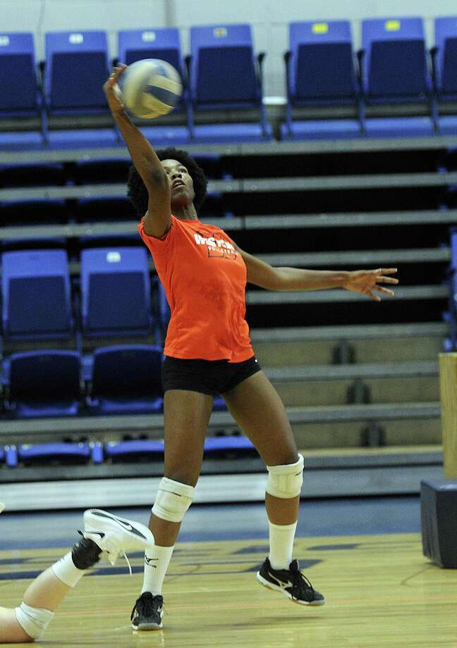 Kamari King during Western Connecticut State University volleyball practice Tuesday, August 21, 2018. Photo: Carol Kaliff / Hearst Connecticut Media / The News-Times