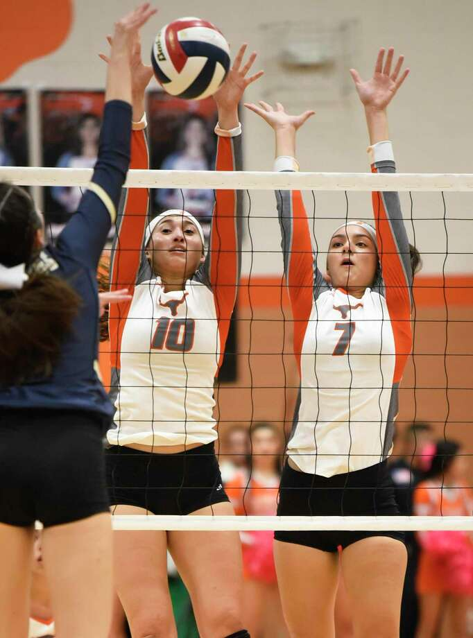 United is hosting the 30-team Lady Longhorn Tournament opening Friday with play the net during a game against Alexander High School on Tuesday, Oct. 23, 2018, at United High School. Photo: Danny Zaragoza / Laredo Morning Times / Laredo Morning Times