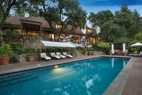 Actor and director Robert Redford is selling his 10-acre wine country estate in St. Helena, Calif., for $7.5 million.