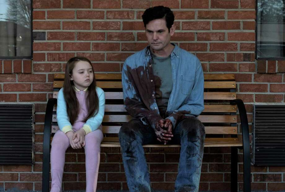 "San Antonio native Henry Thomas with young co-star Violet McGraw in the Netflix horror series ""The Haunting of Hill House."" Thomas will appear at his first Alamo City Comic Con, which runs Oct. 26-28 at the Alamodome. Photo: Courtesy Steve Dietl /Netflix / _DSF4080"