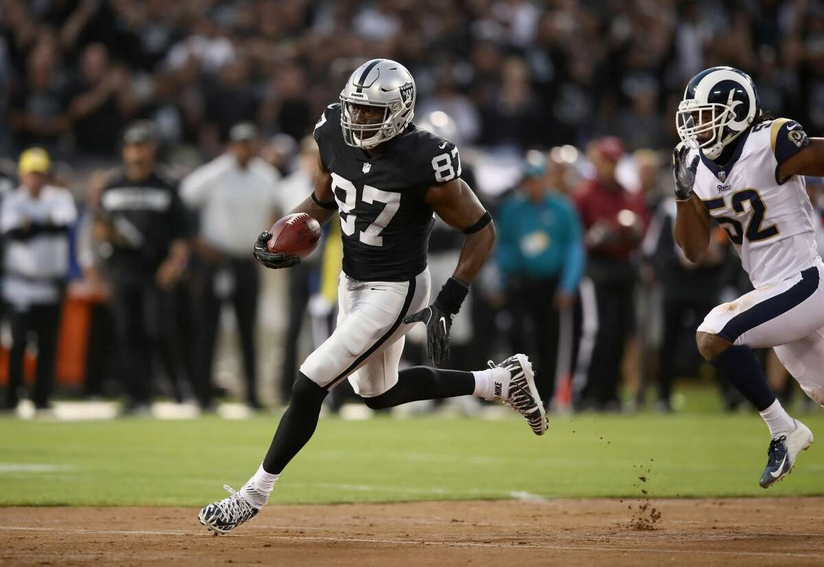Jared Cook, TE, Raiders The 32-year-old Cook had a career resurgence in Oakland, catching a career high 68 passes. With the tight end market absolutely dead behind him, Cook should be able to land a nice contract.