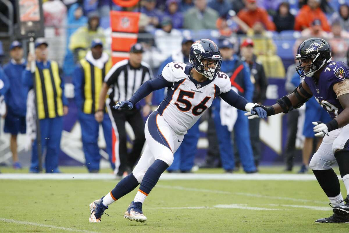 BALTIMORE, MD - SEPTEMBER 23: Shane Ray #56 of the Denver Broncos in action during the game against the Baltimore Ravens at M&T Bank Stadium on September 23, 2018 in Baltimore, Maryland. The Ravens won 27-14. (Photo by Joe Robbins/Getty Images)