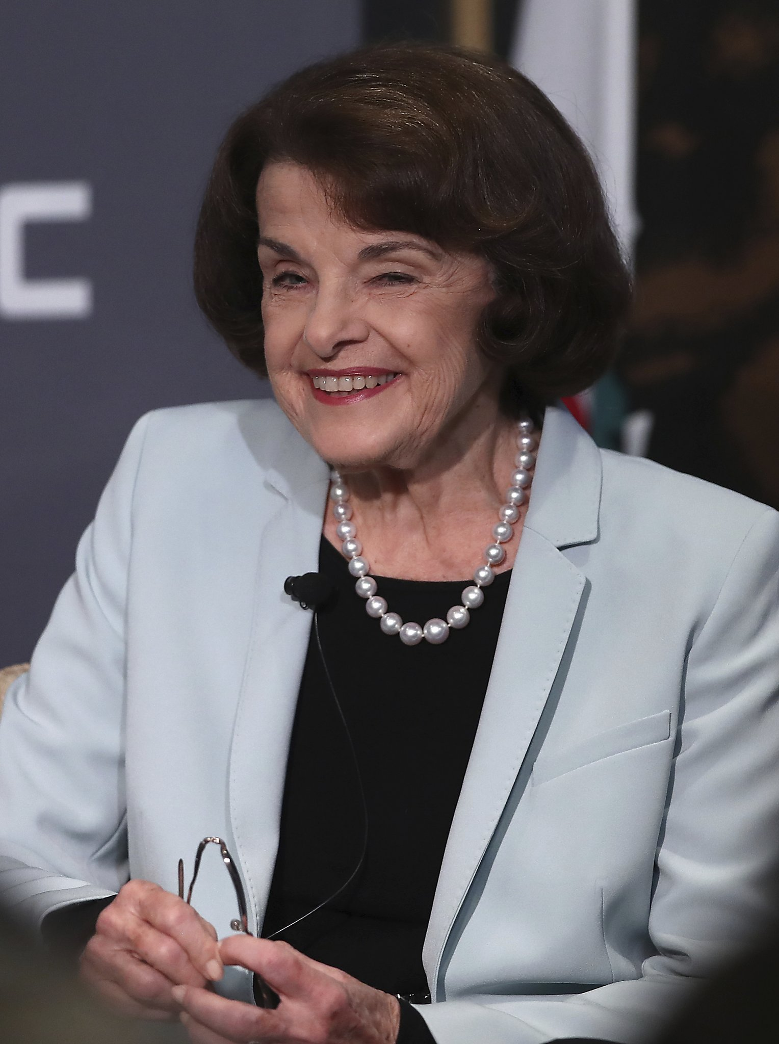 dianne feinstein gavin newsom rolling over ca election foes in new poll sfchronicle com dianne feinstein gavin newsom rolling