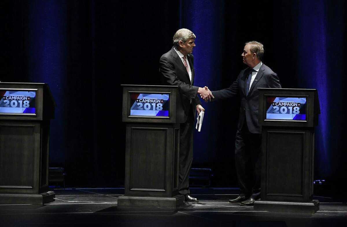 LURKING ISSUES THAT CAN SINK LAMONT: 2. Perception of weakness Pictured: Republican Bob Stefanowski, left, shakes hands with Democrat Ned Lamont, at the end of a gubernatorial debate at the University of Connecticut in Storrs on Sept, 26.