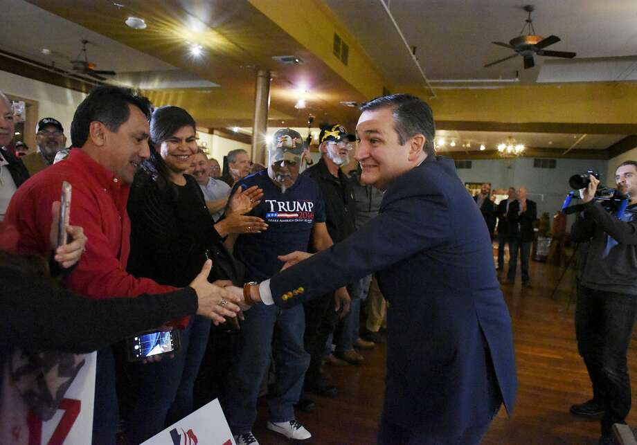 U.S. Senator Ted Cruz greets supporters at the Buckhorn Saloon on Tuesday, Oct. 23, 2018. Several  hundred people attended the daytime event. Photo: Billy Calzada