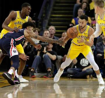 a2b4d2f809ee Stephen Curry s 51-point outburst leaves Wizards exasperated ...
