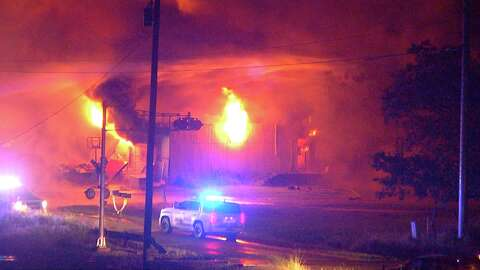 1 killed, 1 injured in fire that destroyed multiple