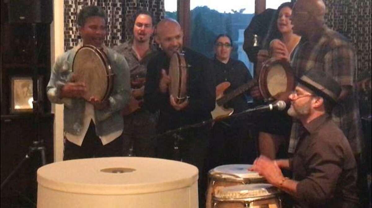 Miguel Zenón plays with La Mixta Criolla at his goodbye party.