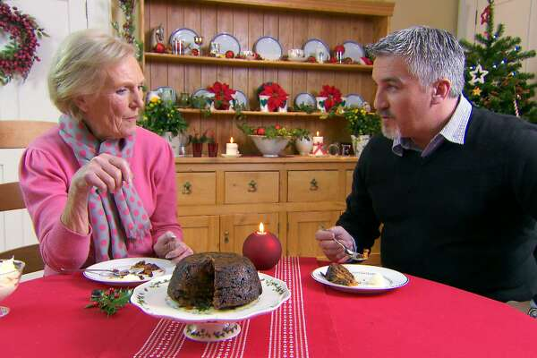 The Great British Baking Show starsMary Berry and master baker Paul Hollywood
