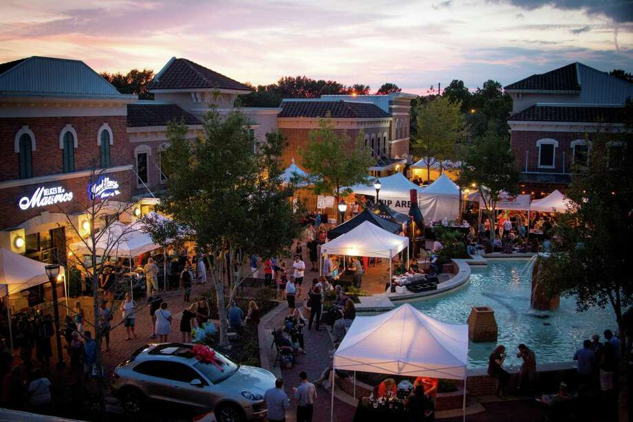 The Villagio Town Center will host the annual Katy Sip N Stroll on Saturday, Nov. 3, from 5-9 p.m. featuring more than 30 high-end restaurants and more than 200 wines. The event raises funds for The Ballard House. Photo: Food & Vine Time Productions / Food & Vine Time Productions