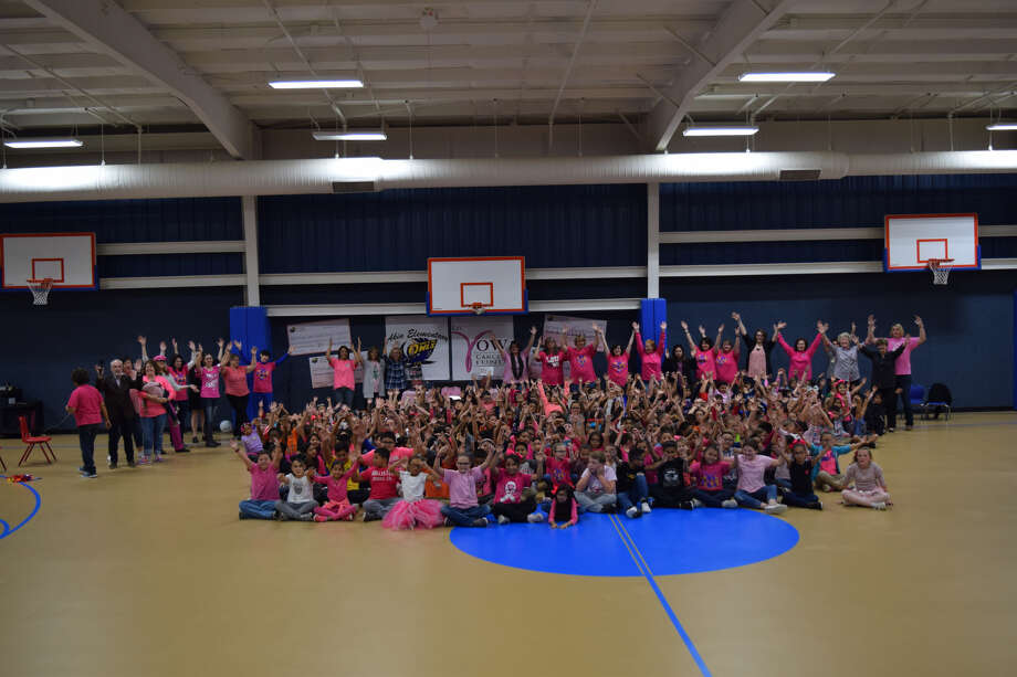 Former Texas Tech Lady Raiders Basketball Coach Marsha Sharp and Stephanie Glance, CEO of the Kay Yow Cancer Fund – both lifetime members of the board for the Kay Yow Cancer Fund – traveled to Hale Center and visited with elementary kids to say thanks for thousands of dollars in donations. Photo: Ellysa Harris/Plainview Herald