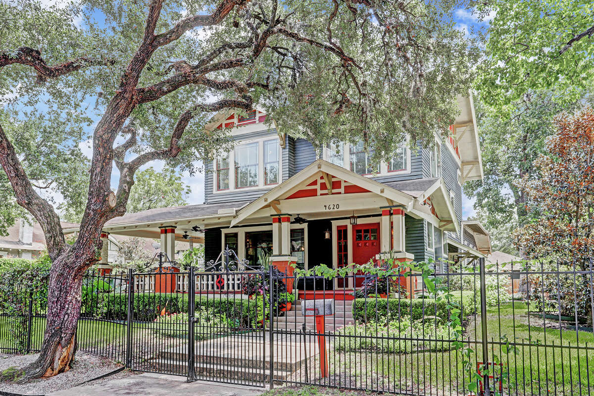 One of the first three homes built in Eastwood is now for sale at 4620 McKinney St. If sold for the listing price of $825,000, the painstakingly restored home would set a record for the neighborhood. Much of the home is still original to when it was built in 1912, and it has won a Good Brick Award from Preservation Houston.