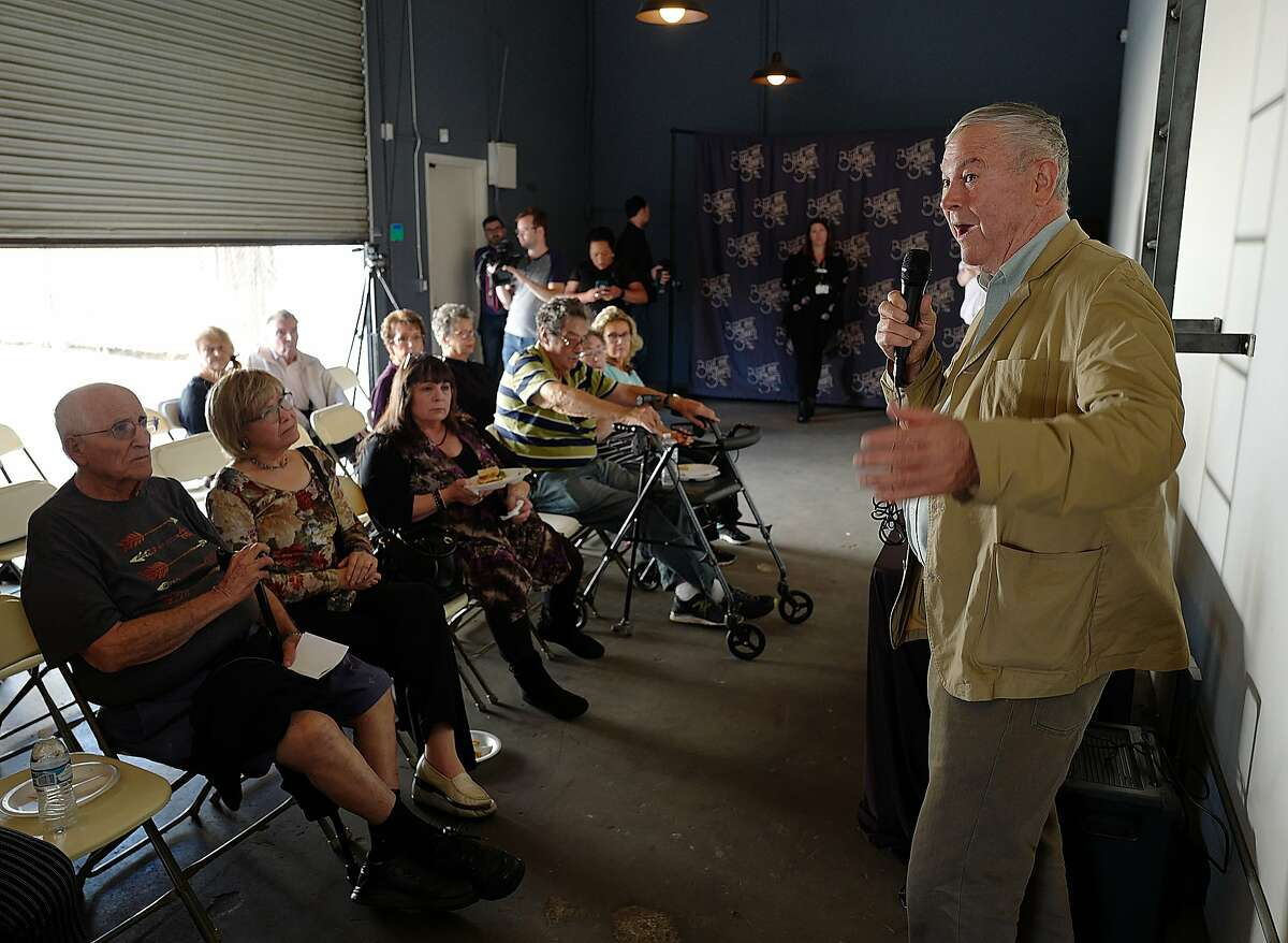 Rep. Dana Rohrabacher speaks to a group of seniors from Leisure World while touring the Bud and Bloom cannabis shop to highlight his support for ending federal laws against marijuana Tuesday, Oct. 16, 2018 in Santa Ana. (Photo by Michael Fernandez, Contributing Photographer)