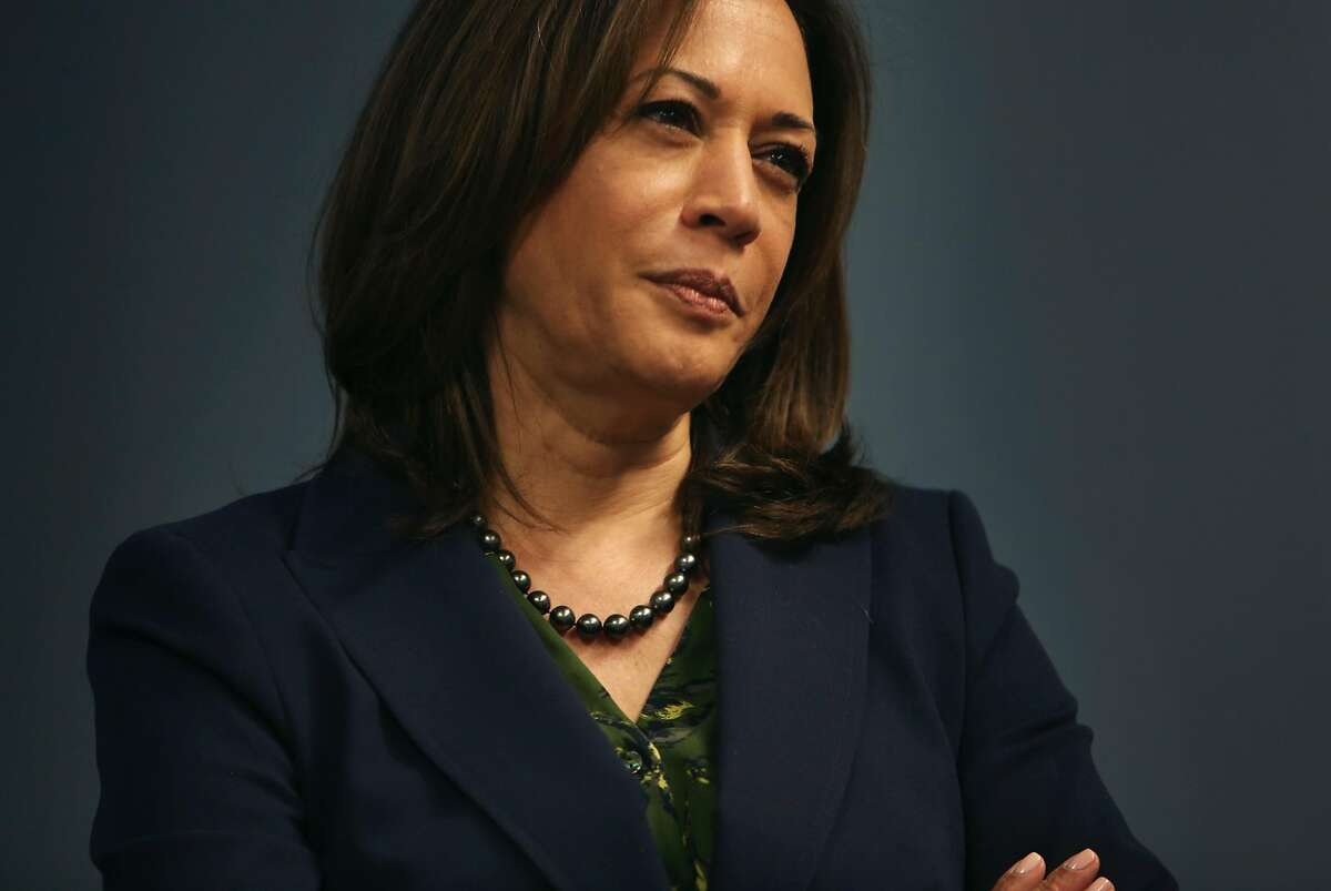 Sen. Kamala Harris (D-Calif.) during a visit to a Democratic Party Get Out the Vote phone bank event at the Hughes Main Library in Greenville, S.C., Oct. 19, 2018. Harris is one of three women senators who positioned themselves this week as potential presidential candidates in 2020. (Travis Dove/The New York Times)