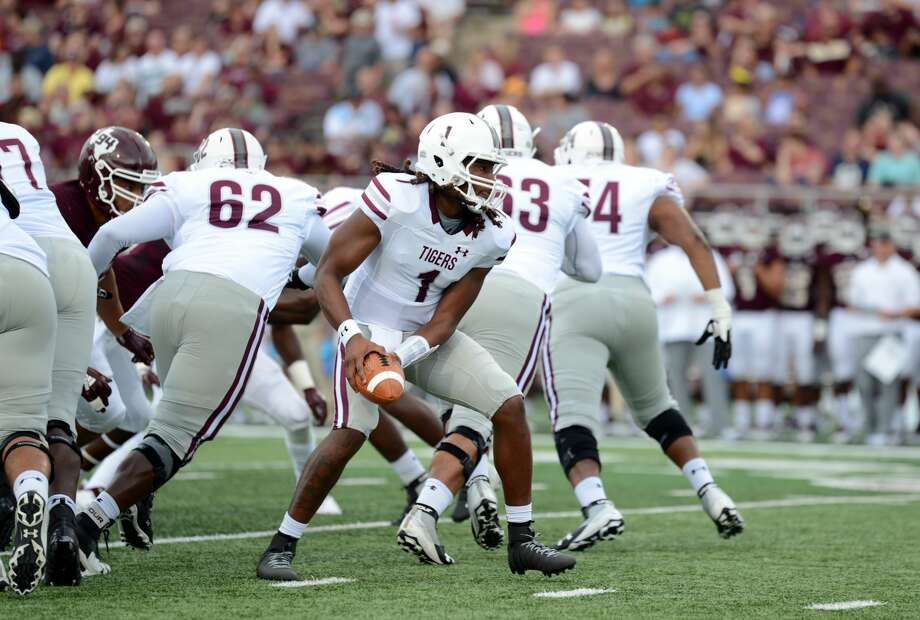 SAN MARCOS, TX - SEPTEMBER 08: Texas Southern Tigers QB Jay Christophe pitches the ball during 36 - 20 loss to the Texas State Bobcats on September 8, 2018 at Bobcat Stadium in San Marcos, TX. (Photo by John Rivera/Icon Sportswire via Getty Images) Photo: Icon Sportswire/Icon Sportswire Via Getty Images