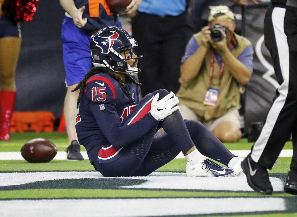 PHOTOS: Who got traded at the NFL trade deadline Houston Texans wide receiver Will Fuller (15) grabs his knee after a play in the endzone during the fourth quarter of an NFL game at NRG Stadium, Thursday, Oct. 25, 2018, in Houston. >>>Browse through the photos for a recap of the trades before the NFL trade deadline ...