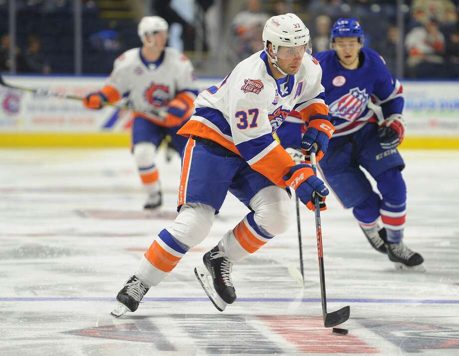 The Sound Tigers' Steve Bernier carries the puck against the Rochester Americans on Oct. 14 at at Webster Bank Arena in Bridgeport. Photo: Brian A. Pounds / Hearst Connecticut Media / Connecticut Post