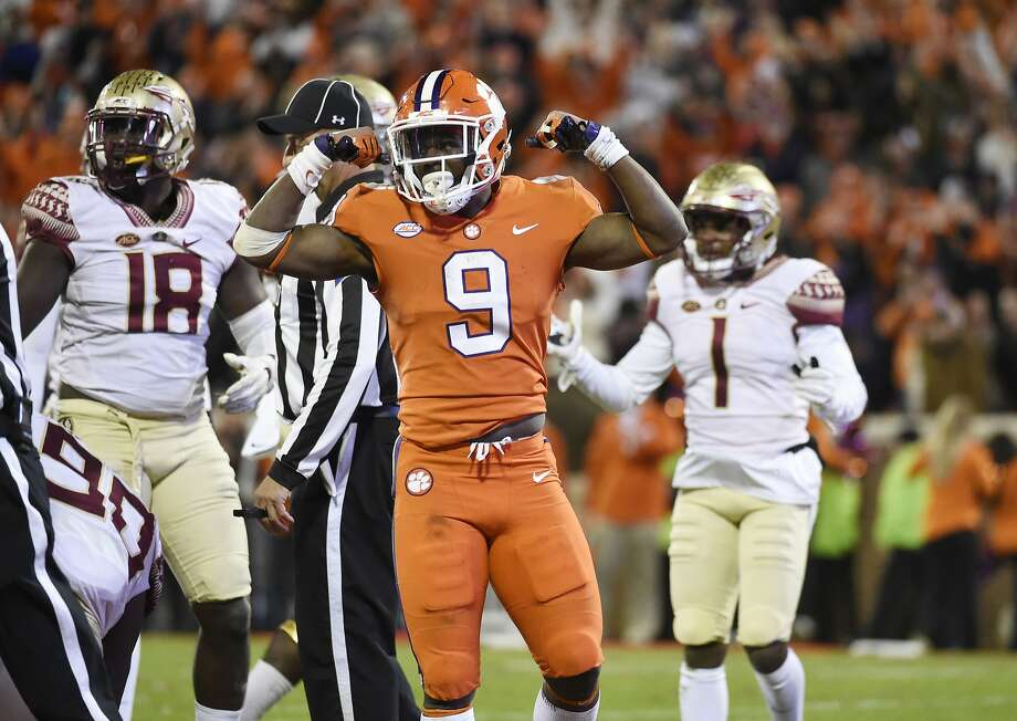 Clemson running back Travis Etienne has scored 15 TDs. Photo: Rainier Ehrhardt / Associated Press
