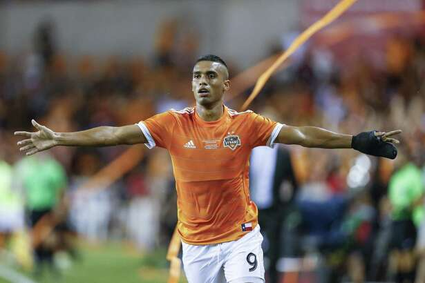 Houston Dynamo forward Mauro Manotas (9) celebrates his second goal in the first half as the Houston Dynamo take on the Philadelphia Union in the 2018 Lamar Hunt U.S. Open Cup Final at BBVA Compass Stadium Wednesday Sept. 26, 2018 in Houston.