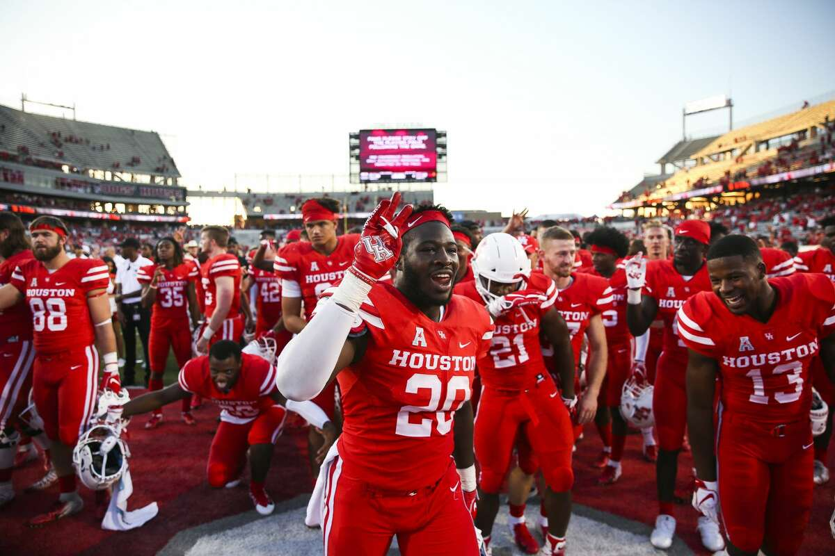 PHOTOS: UH vs. SMU Houston Cougars linebacker Roman Brown (20) celebrates the 57-36 win against the South Florida Bulls at TDECU Stadium Saturday, Oct. 27, 2018, in Houston. >>>See the Cougars in action during last week's game against SMU ...