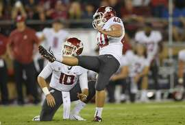 PALO ALTO, CA - OCTOBER 27:  Blake Mazza #40 of the Washington State Cougars kicks a 42 yard field goal to put the Cougars ahead of the Stanford Cardinal late in the fourth quarter of their NCAA football game at Stanford Stadium on October 27, 2018 in Palo Alto, California. Washington State won the game 41-38.  (Photo by Thearon W. Henderson/Getty Images)