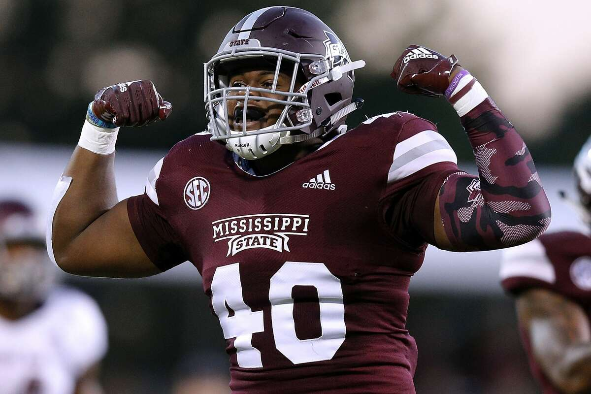 22. Mississippi State SEC 8-4 Defeated Ole Miss 35-3