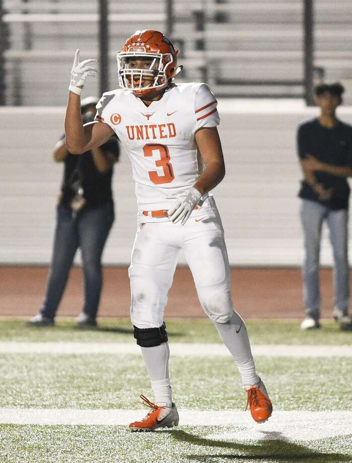 Running back Jerry Gonzalez and United clinched a playoff spot with a 56-10 win over Nixon Saturday. Gonzalez set new career highs as he finished with 233 yards rushing and five touchdowns. Photo: Danny Zaragoza /Laredo Morning Times / Laredo Morning Times