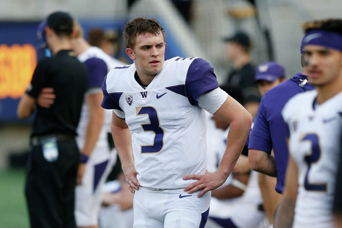 1. Jake Browning had a bad, bad night Last week against Colorado, Browning was decent. Saturday night, he had one of the worst nights of his career in a 12-10 loss to unranked Cal. Into the third quarter, Browning had gone 8-of-15 for 109 yards to go with a touchdown and interception. Chris Petersen pulled his four-year starter, only to re-insert him after the replacement tossed a pick-six. Browning may be UW's all-time leader on the statistical front, but he's hurtling towards a career finish most Husky fans would rather ignore.