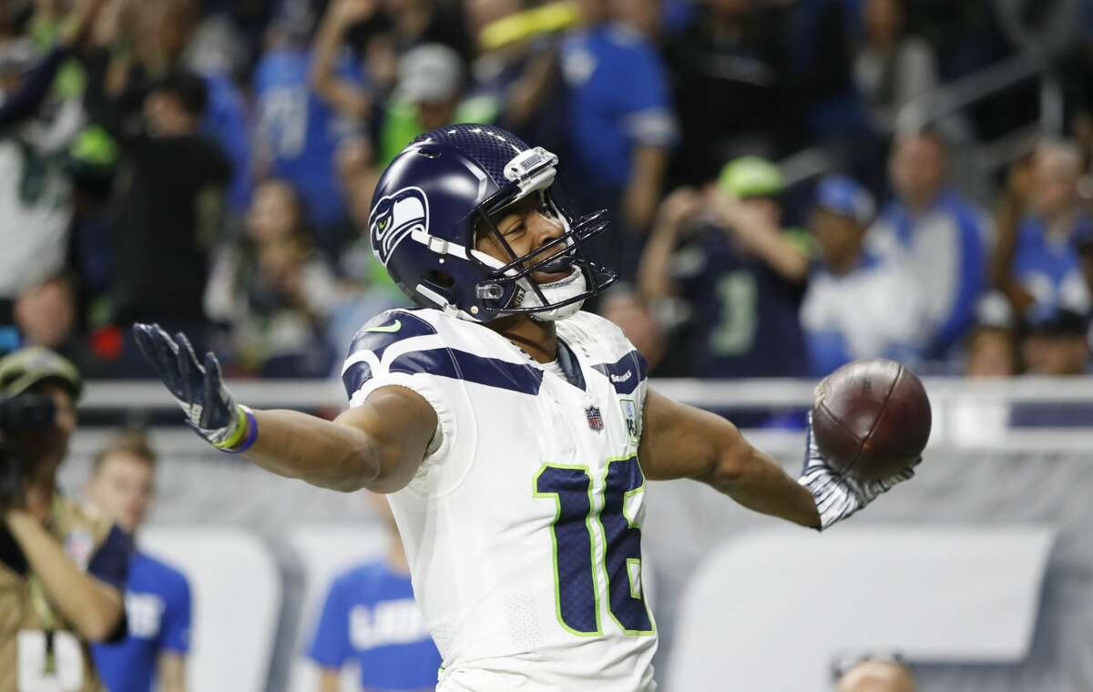 RETURN GAME GRADE: B  REASONING:  Statistically, Tyler Lockett had his worst season as a return specialist. He posted career lows across the board: in punt returns (25), punt-return yards (143), kick returns (19) and kick-return yards (493). To his defense, productivity as a returner is often out of one's hands; it depends on factors like the depth/field placement of the punt/kick, and the strength of one's return blockers.  Lockett did find success when he was able return, which is why he was still named a Pro-Bowl alternate at the position (He was a Pro Bowler at the position outright as a rookie in 2015). His biggest highlight was ripping off 84 yards on a kickoff against the San Francisco 49ers in Week 13.