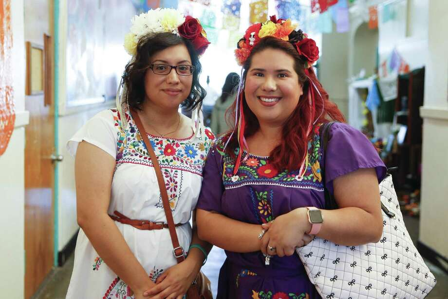 People attend the Multicultural Education and Counseling through the Arts' annual Día De Los Muertos Festival Sunday, Oct. 28, 2018, in Houston. Photo: Michael Ciaglo, Houston Chronicle / Staff Photographer / Michael Ciaglo