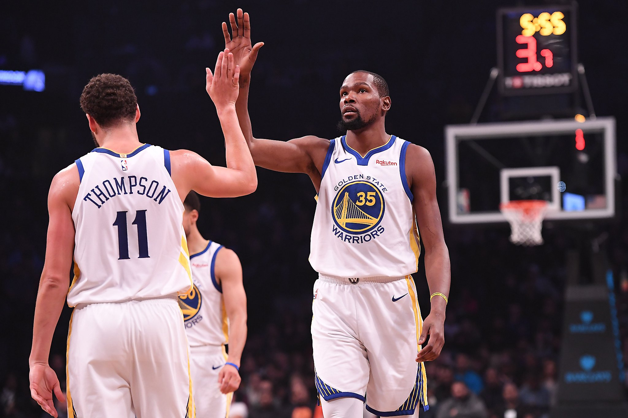 15019af0514 View from Bay Area  Warriors facing uncertainty - HoustonChronicle.com