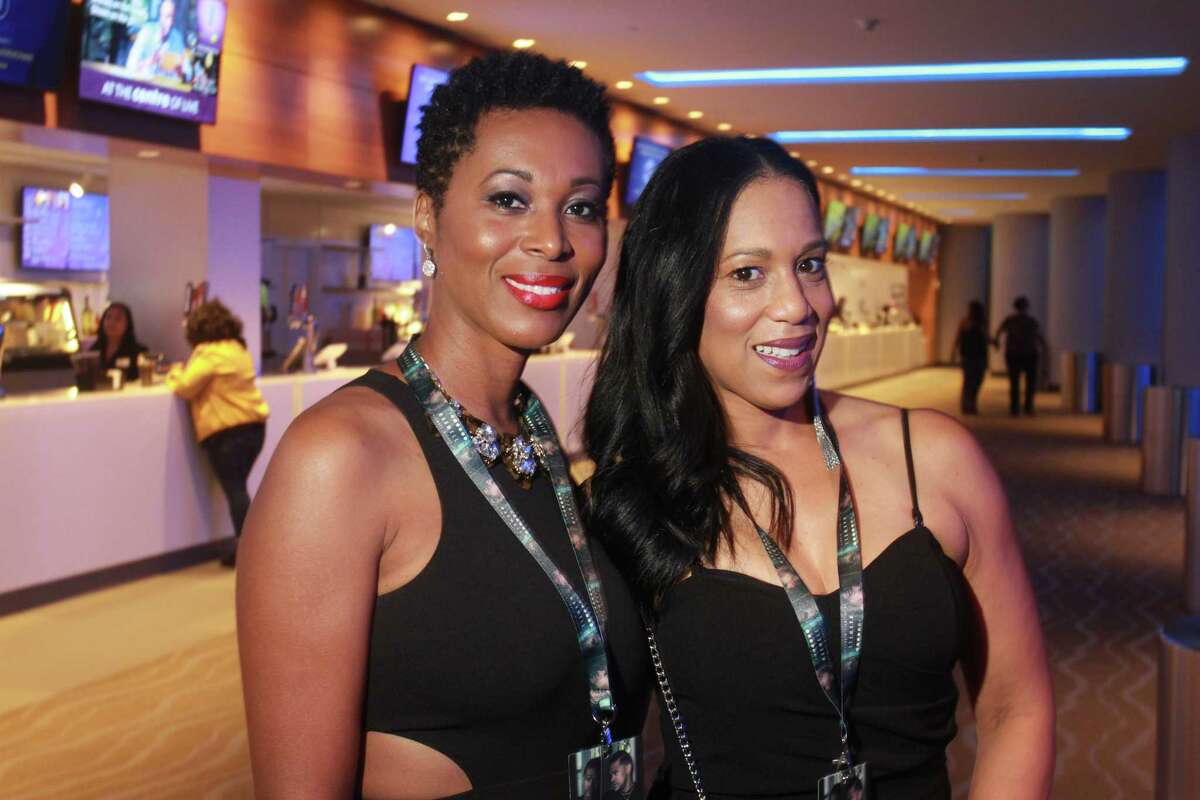 Fans attending the Maxwell concert at Smart Financial Centre.