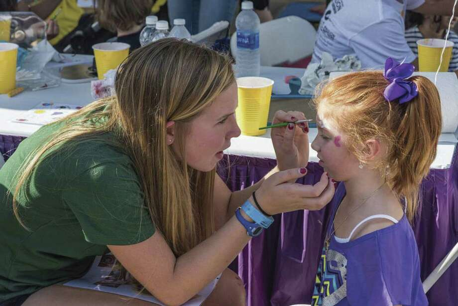 The Cynthia Woods Mitchell Pavilion is inviting area residents, corporations, organizations and students to sign up for a rewarding, one-of-a-kind volunteer experience at the upcoming 23rd Annual Children's Festival presented by ExxonMobil. The festival is Nov. 8-11.