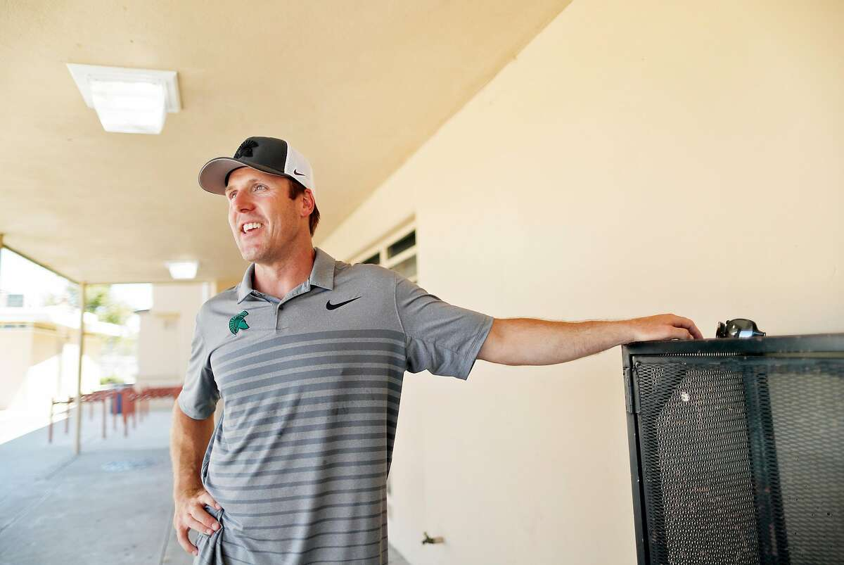 De La Salle's Justin Alumbaugh and other football coaches hope to convince state leaders to let them play - like others.
