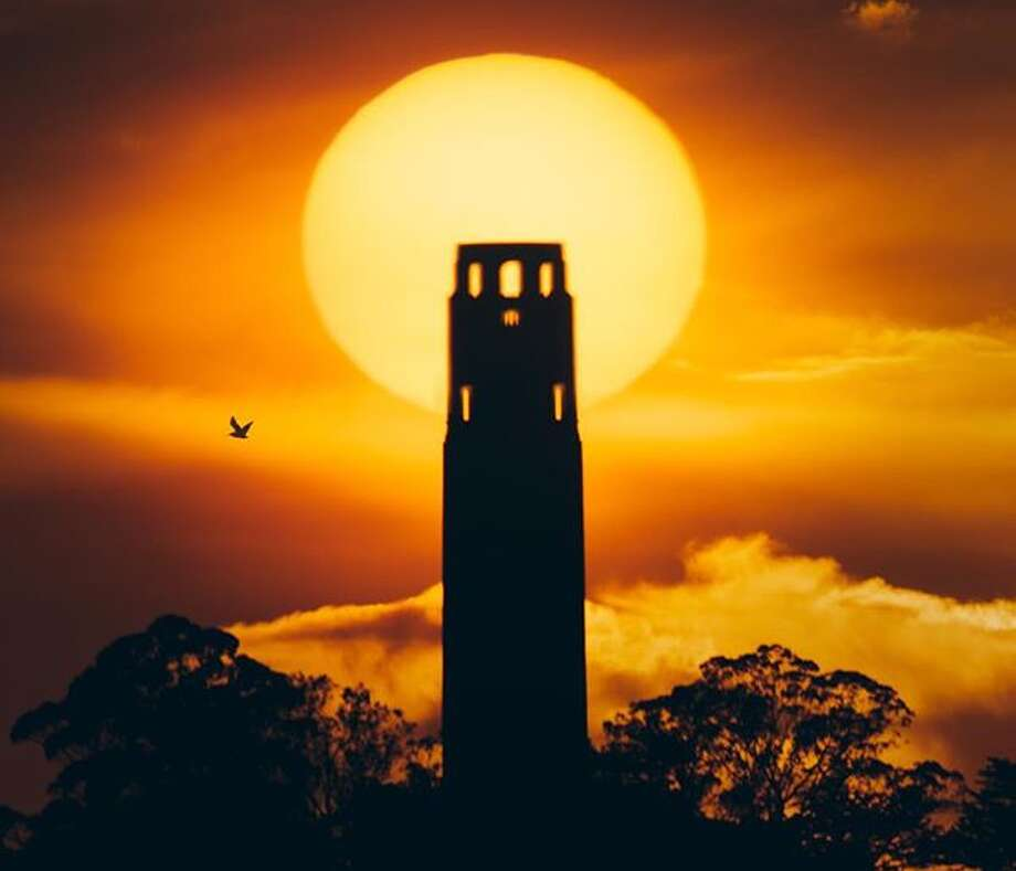 Instagrams of the month - October 2018 @jaiwalkinn Captured the sun behind Coit Tower. Photo: Instagram / Jaiwalkinn