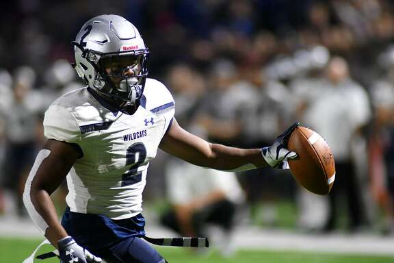 Tomball Memorial senior Jorden Gidrey (2) was selected as a District 14-6A second team all-district wide receiver.