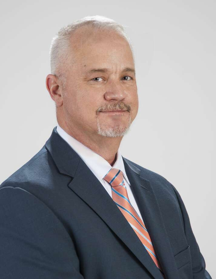 11. Robert Barker - Chief Commercial Officer of Houston Airport System.   Bi-weekly pay:$7,535  Estimated annual salary:$195,910  Photo: Houston Airports