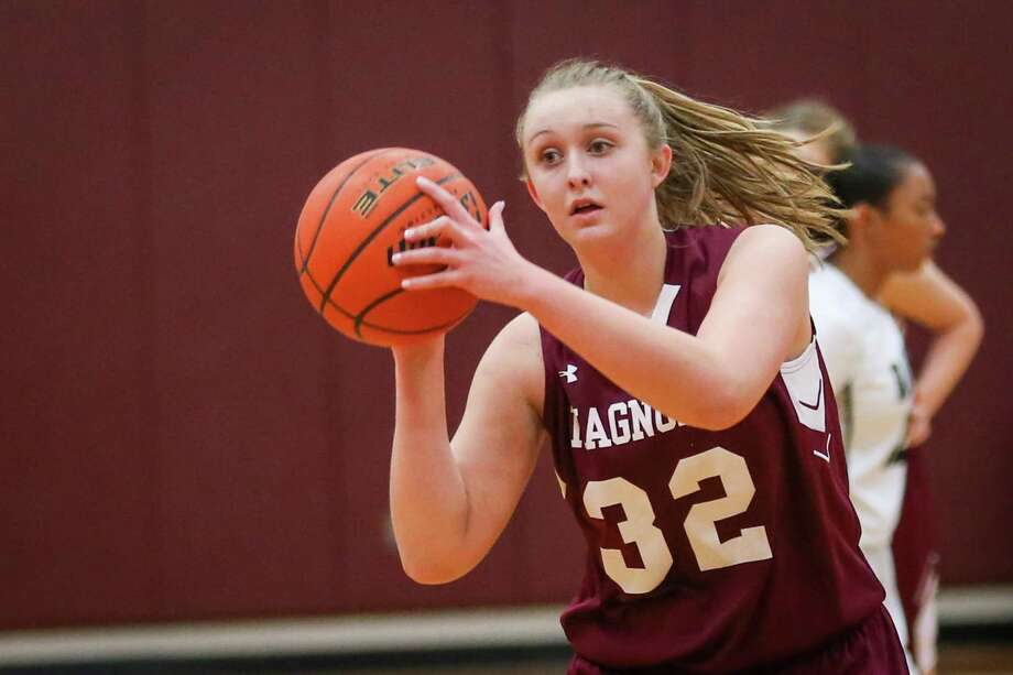 Magnolia senior Kirby Ritter is one of the top returning player for the Lady Bulldogs. Photo: Michael Minasi, Staff Photographer / Houston Chronicle / © 2017 Houston Chronicle