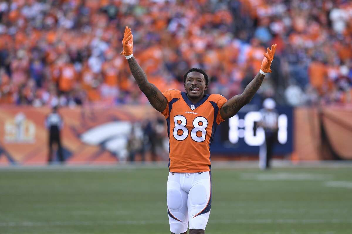 PHOTOS: Everything you need to know about new Texans receiver Demaryius Thomas Demaryius Thomas was traded to the Texans on Tuesday. He will immediately step in as the team's No. 2 receiver and be a solid influence inside the locker room. Go through the photos above to learn more about Demaryius Thomas ...