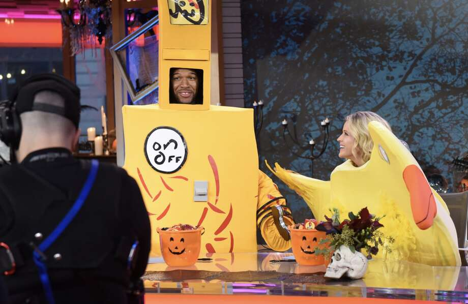 >>>Check out 10 standout costumes, ranked from worst to best.  Photo: Https://twitter.com/GMA