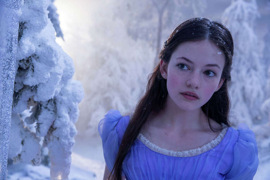 "Mackenzie Foy stars in Disney's ""The Nucracker and the Four Realms."" Photo: Laurie Sparham, Walt Disney Studios Motion Pictures / © 2017 Disney Enterprises, Inc."