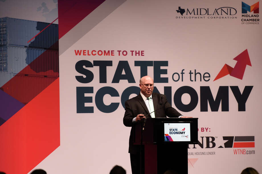 Economist Karr Ingham speaks during the Chamber of Commerce annual State of the Economy luncheon Nov. 1, 2018, at Horseshoe Pavilion. James Durbin/Reporter-Telegram Photo: James Durbin / ? 2018 Midland Reporter-Telegram. All Rights Reserved.
